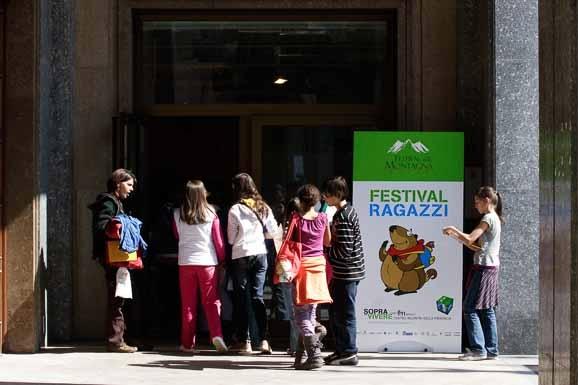 allestimenti-festival-della-montagna-sito-bboximg_3341-578x